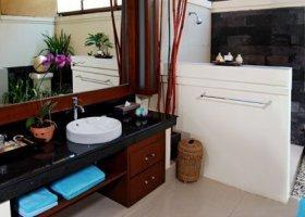 bali-hotel-vila-ombak-lombok-024.jpg