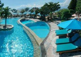 bali-hotel-vila-ombak-lombok-025.jpg