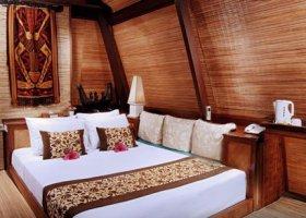 bali-hotel-vila-ombak-lombok-028.jpg