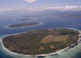 bali-hotel-vila-ombak-lombok-034.jpg