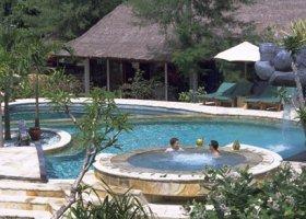 bali-hotel-vila-ombak-lombok-040.jpg