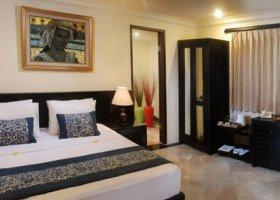 bali-hotel-vila-ombak-lombok-051.jpg
