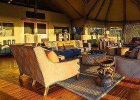 botswana-hotel-calahari-plains-camp-022.jpg