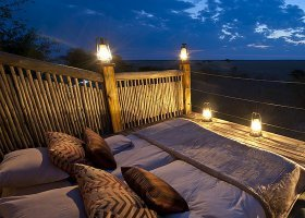 botswana-hotel-calahari-plains-camp-024.jpg