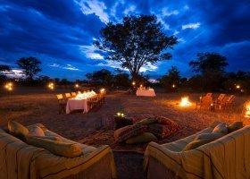 botswana-hotel-kings-pool-camp-043.jpg