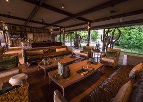 botswana-hotel-kings-pool-camp-048.jpg