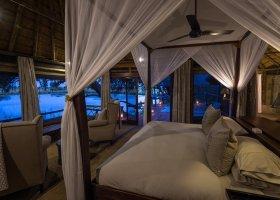 botswana-hotel-kings-pool-camp-054.jpg