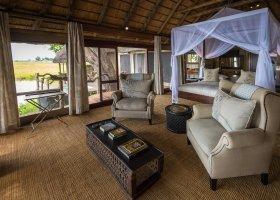 botswana-hotel-kings-pool-camp-055.jpg