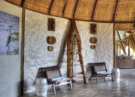 botswana-hotel-okuti-002.jpg