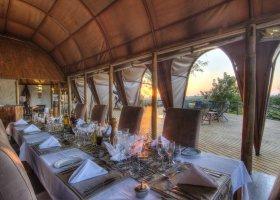 botswana-hotel-okuti-004.jpg