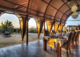 botswana-hotel-okuti-005.jpg