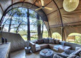 botswana-hotel-okuti-011.jpg