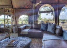 botswana-hotel-okuti-012.jpg