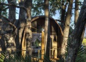 botswana-hotel-okuti-016.jpg