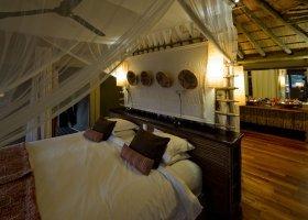 botswana-hotel-savuti-camp-055.jpg