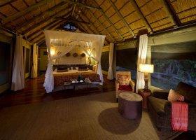 botswana-hotel-savuti-camp-058.jpg
