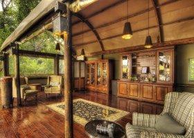 botswana-hotel-shinde-002.jpg