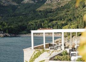 cerna-hora-hotel-aman-sveti-stefan-049.jpg
