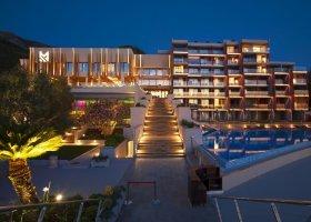 cerna-hora-hotel-maestral-resort-casino-002.jpg