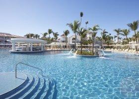 dominikanska-republika-hotel-bahia-principe-luxury-ambar-014.jpg