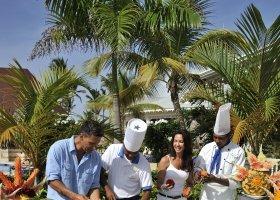 dominikanska-republika-hotel-bahia-principe-luxury-ambar-015.jpg
