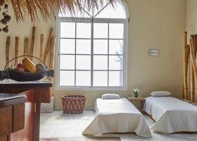 dominikanska-republika-hotel-bahia-principe-luxury-ambar-018.jpg