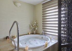 dominikanska-republika-hotel-bahia-principe-luxury-ambar-020.jpg