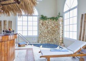 dominikanska-republika-hotel-bahia-principe-luxury-ambar-021.jpg