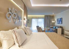 dominikanska-republika-hotel-bahia-principe-luxury-ambar-038.jpg