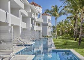 dominikanska-republika-hotel-bahia-principe-luxury-ambar-041.jpg