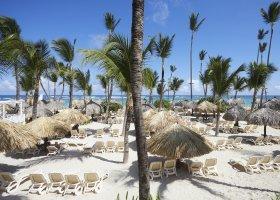 dominikanska-republika-hotel-bahia-principe-luxury-ambar-046.jpg