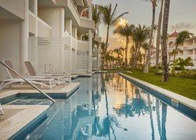 dominikanska-republika-hotel-bahia-principe-luxury-ambar-055.jpg