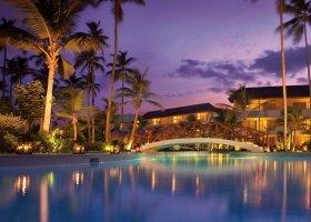dominikanska-republika-hotel-secrets-royal-beach-077.jpg