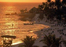 dominikanska-republika-hotel-viva-wyndham-dominicus-beach-009.jpg
