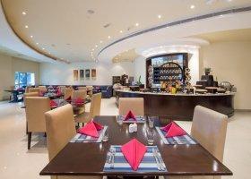 dubaj-hotel-al-hamra-residence-007.jpg
