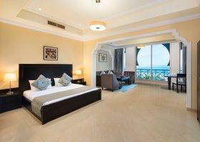 dubaj-hotel-al-hamra-residence-008.jpg
