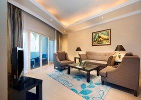 dubaj-hotel-al-hamra-residence-012.jpg