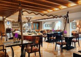 dubaj-hotel-al-qasr-hotel-032.jpg