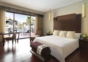 dubaj-hotel-anantara-dubai-the-palm-006.jpg