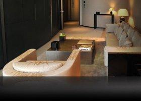 dubaj-hotel-armani-dubai-001.jpg