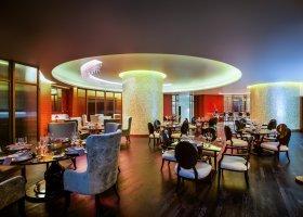 dubaj-hotel-bab-al-qasr-005.jpg