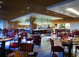 dubaj-hotel-bab-al-qasr-006.jpg