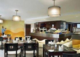 dubaj-hotel-city-seasons-towers-011.jpg