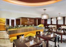 dubaj-hotel-city-seasons-towers-015.jpg