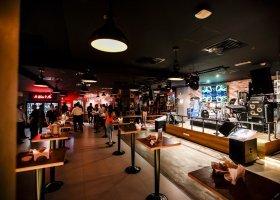 Maxx Bar