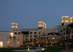 dubaj-hotel-desert-islands-resort-spa-anantara-026.jpg