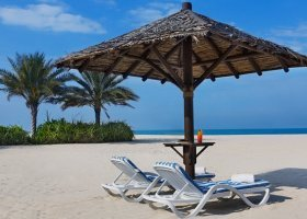 dubaj-hotel-habtoor-grand-beach-resort-spa-013.jpg