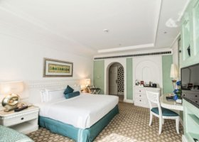 dubaj-hotel-habtoor-grand-beach-resort-spa-057.jpg