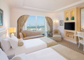 dubaj-hotel-habtoor-grand-beach-resort-spa-079.jpg