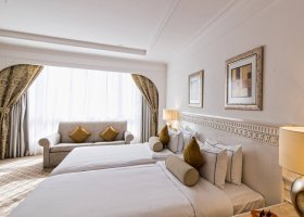 dubaj-hotel-habtoor-grand-beach-resort-spa-094.jpg